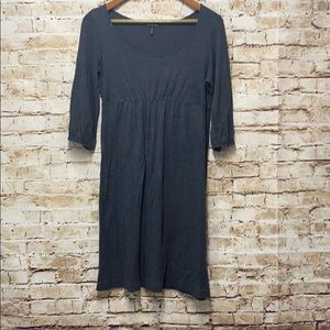 Daisy Fuentes Gray dress size Medium